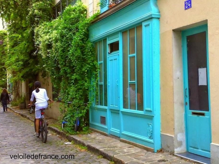 Rue des Thermopyles - Balade à vélo de Notre Dame à Montparnasse par veloiledefrance.com