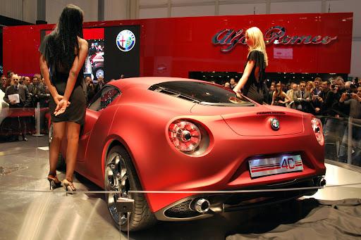 Alfa_Romeo-4C_Concept_2011_05_1280x853