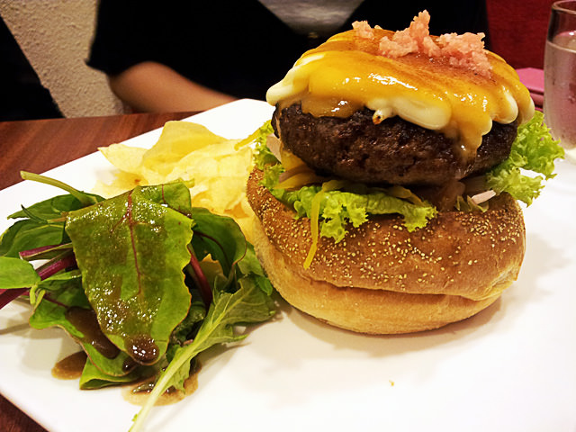 Misoyaki beef sandwich