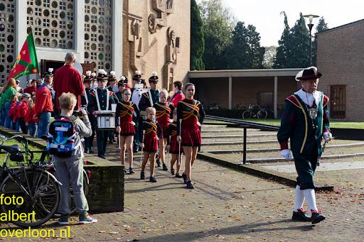herdenkingsdienst  en een stille tocht naar het Engelse kerkhof 12-10-2014 (44).jpg