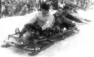 Vous expliquez à Titine qu'au bobsleigh, ils font ça aussi en chenille