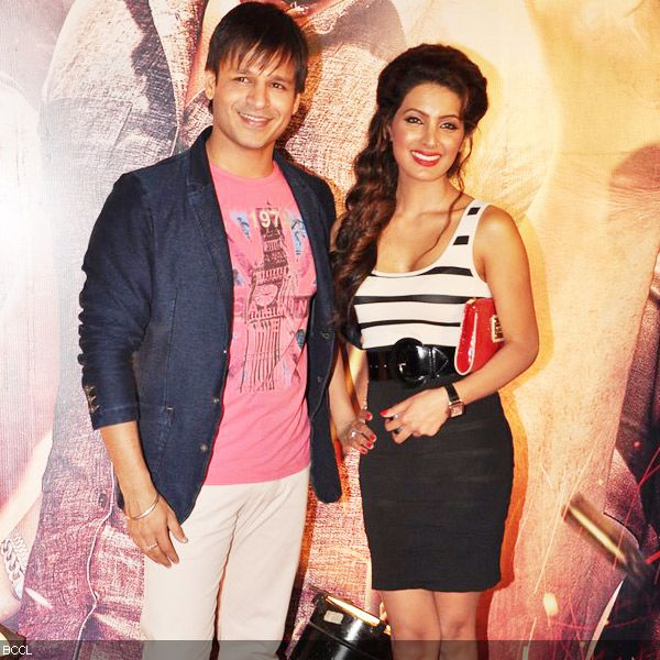 Vivek Oberoi and Geeta Basra make a lovely combination at the premiere of the movie 'Zila Ghaziabad', held at PVR Cinema in Mumbai, on February 21, 2013. (Pic: Viral Bhayani)
