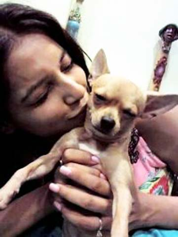 Bipasha Basu and her Chihuahua