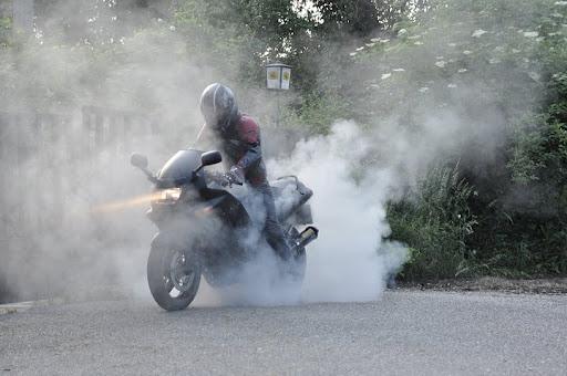 kawasaki zzr400 burnout gumifüst gumicsere motor 2011