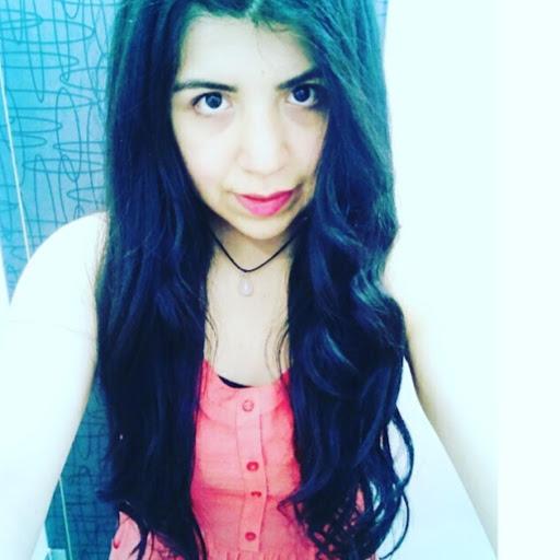 Vanessa Henriquez Photo 18