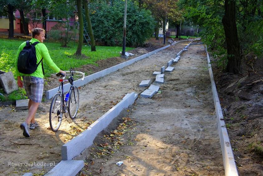 Niestety, niektórymi rowerami obecnie tutaj jeździć się nie da