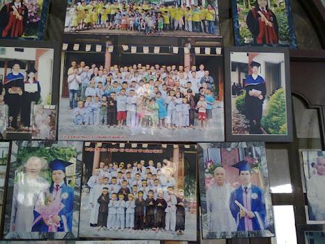 1 số hình ảnh đi làm từ thiện của BQT tại Chùa Diệu Pháp ( 19/4/2013) Hi%25CC%2580nh0415