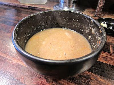 最後のシメのスープ割りです。