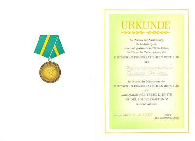 220a Medaille für treue Dienste in der Zollverwaltung der Deutsche Demokratische Republik in Gold http://www.ddrmedailles.nl
