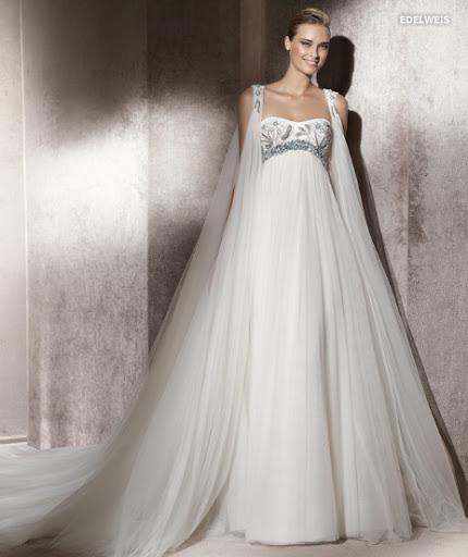 Menyasszonyi ruha 2012 Pronovias Edelweis