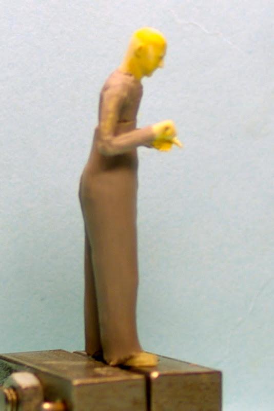 La sculpture de figurine ou comment j'y arrive _IGP5602