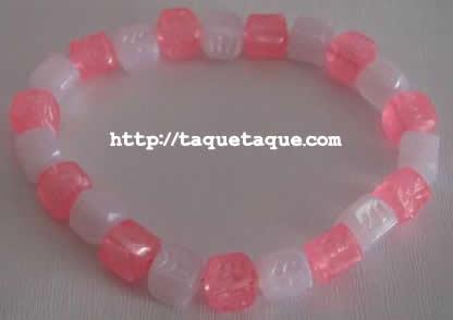 pulsera con abalorios cuadrados rosas y blancos