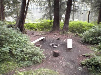 Nice fire pit area.