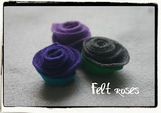 Está finalizada a rosa de feltro