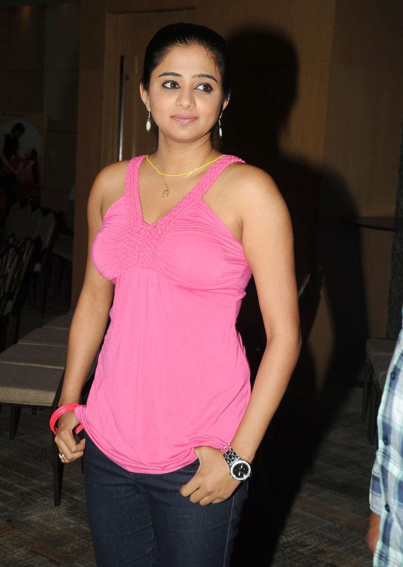 priyamani hot stills images in raaj movie | cinemanews4u