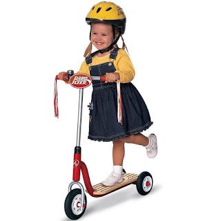 Lợi ích của đồ chơi xe chòi chân, xe đạp dành cho trẻ em