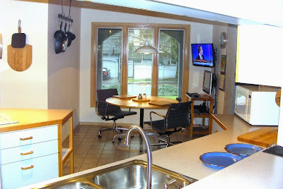 My Eames kitchen chairs and Herman Miller Table TV HP Touchsmart