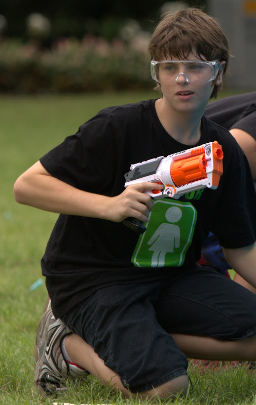 Kelvin Grove war pictures: December 18th   Picture heavy... Nerf%2Bwar%2B094