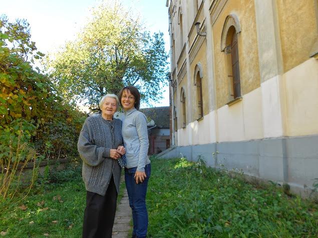 lucica si doamna elena sinagoga sibiu