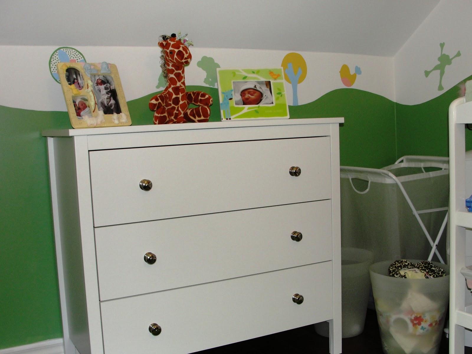 hilary in alderwood: Madelynu0026#39;s Nursery