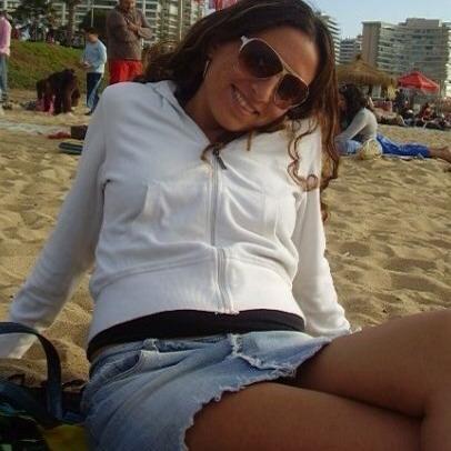 Karen Urrutia Photo 19