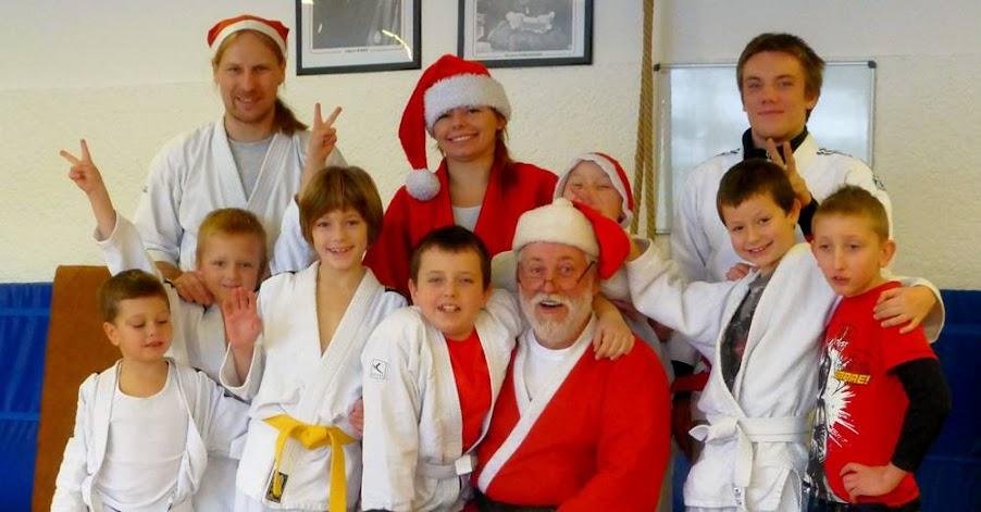 Impreza Mikołajowo-sportowa dla dzieci na sdaybie