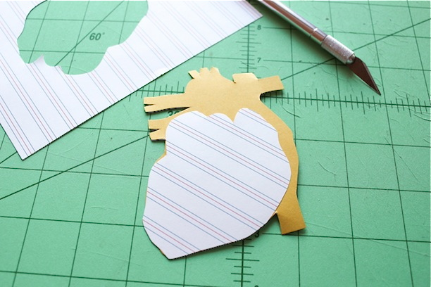 craft project: how to make a papercut valentine le Cœur
