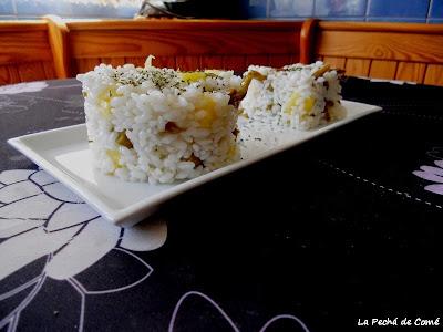 Arroz blanco con piña y espárragos trigueros