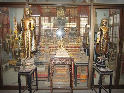 Wat Suwannaphom