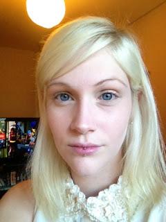 blonde girl girls women make up makeup cosmetics beauty blog blogger