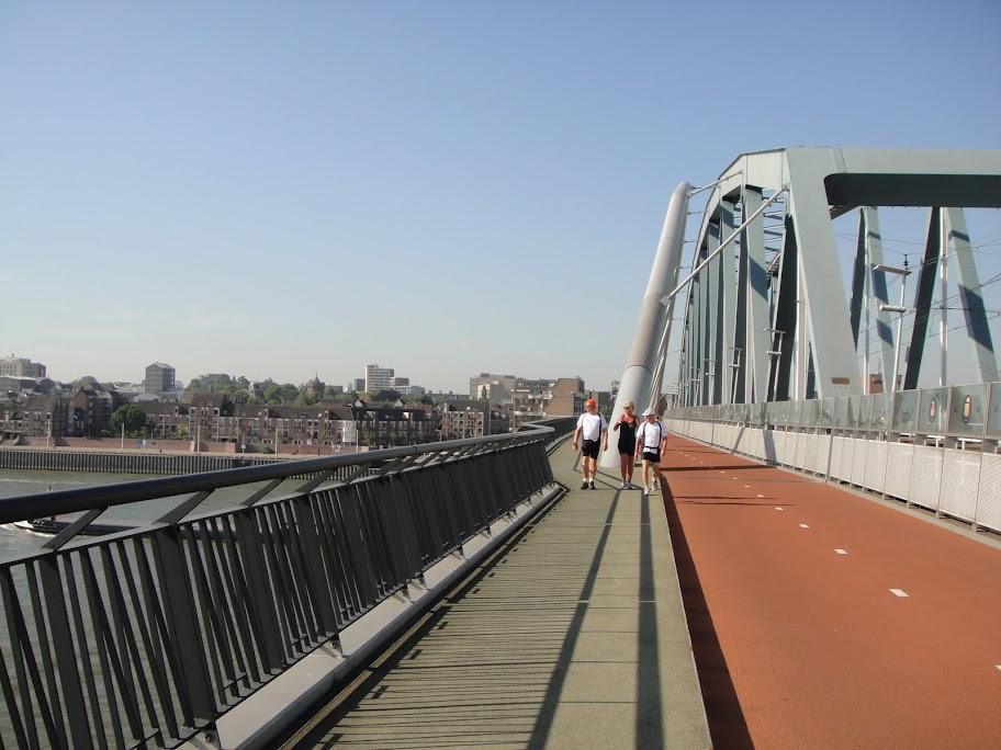 160km en ligne: Nimègue-Rotterdam: 21-22 septembre 2013 DSC01482