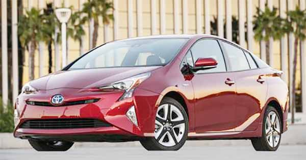 2017 Toyota Prius Prime gets Solar Cell Roof, Unveiled in US