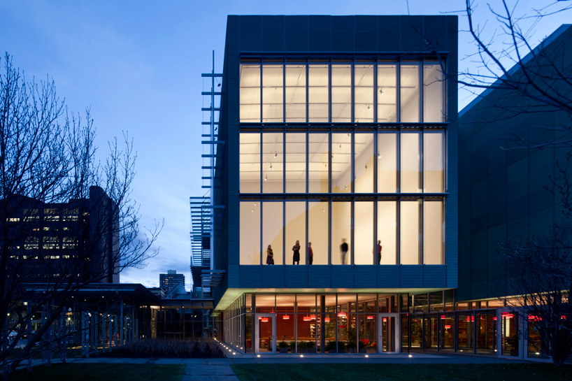 isabella stewart gardner museum opens in boston design by renzo piano
