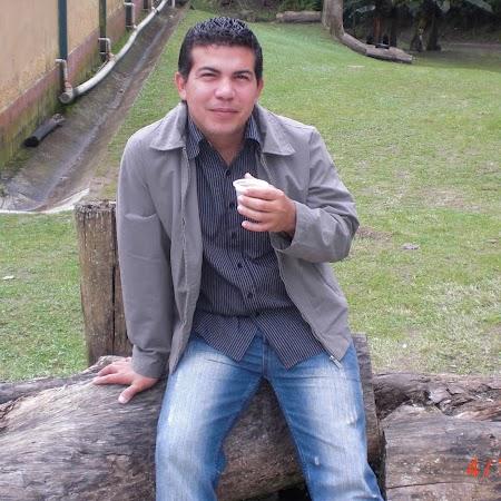 Jorge Pertuz Photo 21