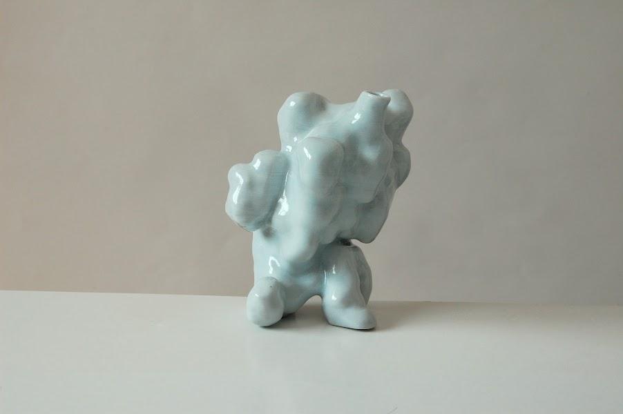 Jonathan Keep - Random Growth, digitally generated 3D printed ceramics
