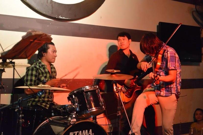 g4u band