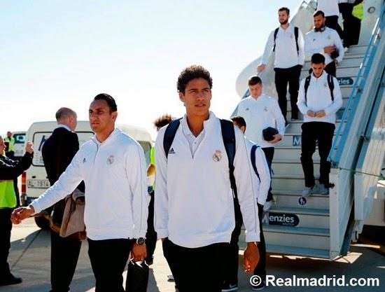 Real Madrid hạ cánh xuống Almeria đá sớm vòng 15 La Liga