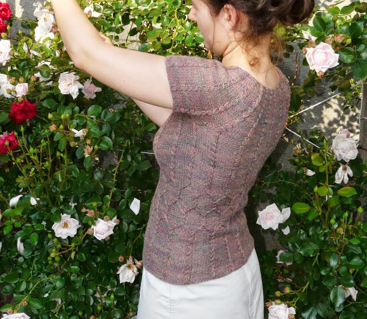 Provocare nr. 5 - Tricotat: Bluza racoroasa de vara - Pagina 5 P1260520