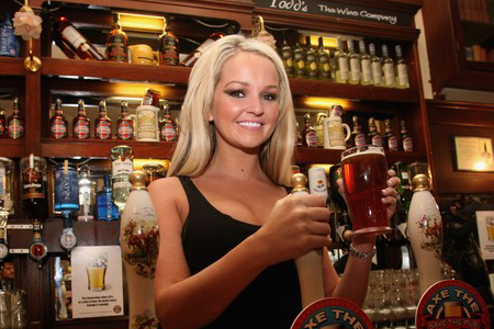 Jennifer Ellison Supports Beer And Pubs Campaign:celebrities0
