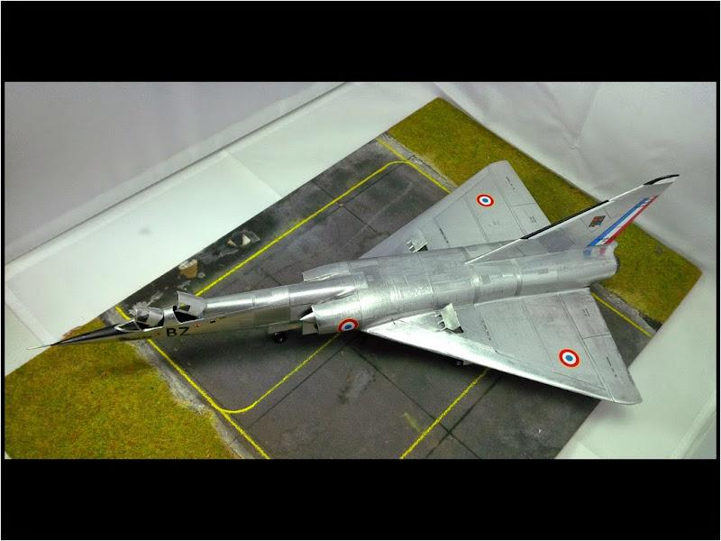GAMD Mirage IV B. Un gros mirage IV, en scratch et au 72 IMG_20141007_200020