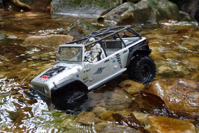 jeep - Axial Jeep Borneo escapade P1020568