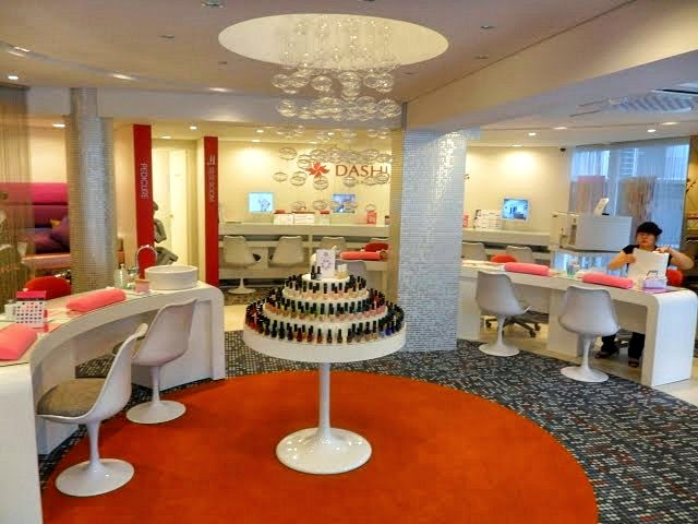 Inside The Salon Dashing Diva S Por Brand Of Nail