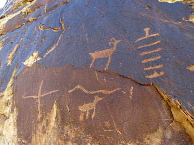 Petroglyphs in Three Finger Canyon