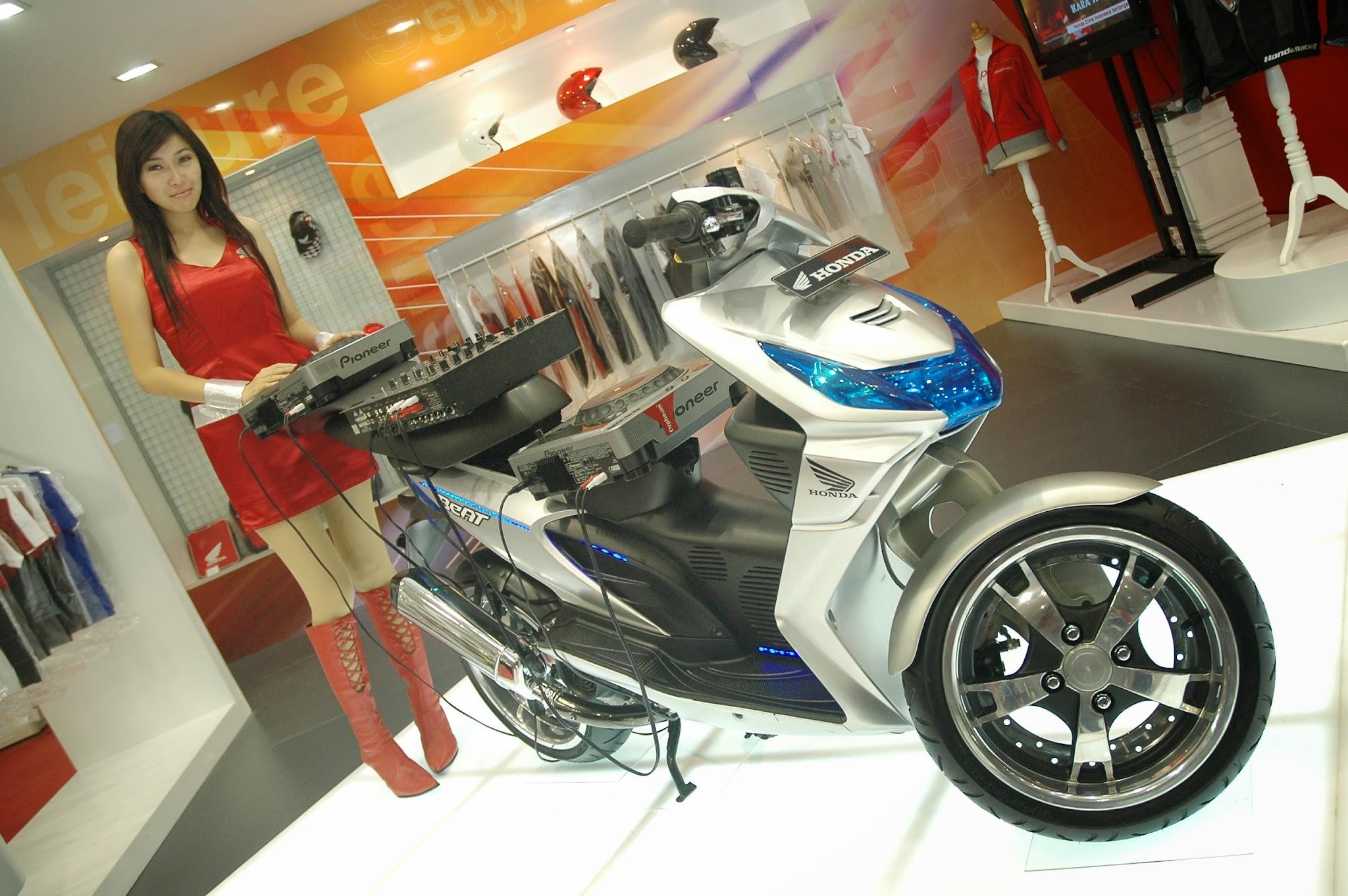 Modifikasi Honda Beat Hitam