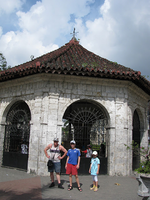 Из зимы в лето. Филиппины 2011 - Страница 3 IMG_0008%252520%2525287%252529