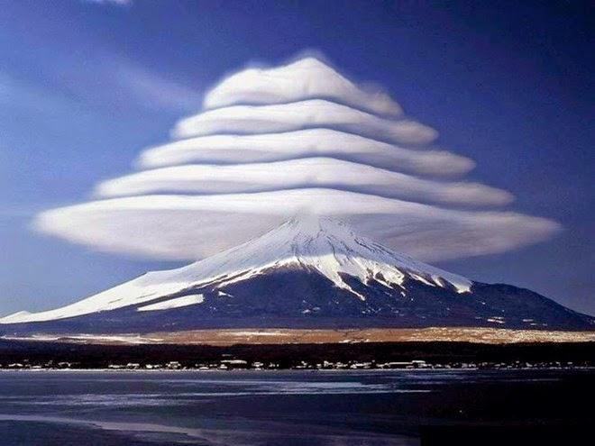 núi phú sĩ đội nón 3