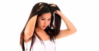 FOTO CEWEK CANTIK MANDI Keramas Rambut Indah Bebas Ketombe  TIPS CARA MENGATASI KETOMBE Keramas Rambut Dengan Cara Yang Benar