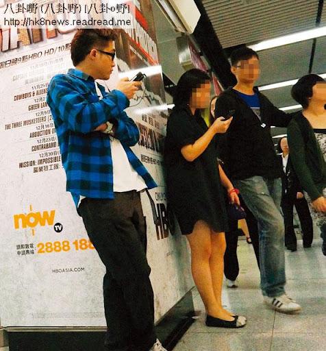 講明爆房唔俾錢的賤男 Bert(左一),約記者在港鐵站見面,先上下打量獵物,覺得合胃口才上前相認。