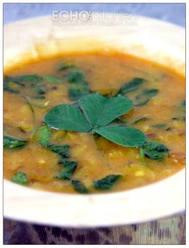 ... -- Echo's Kitchen: Methi Dal (Fenugreek Leaves in Lentil Soup