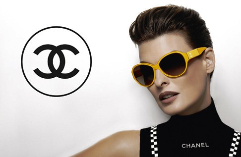 Linda Evangelista Chanel Eyewear Spring Summer 2012 Chanel Launches Plein Soleil Eyewear with Linda Evangelista